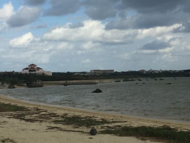 宮良湾と津波石