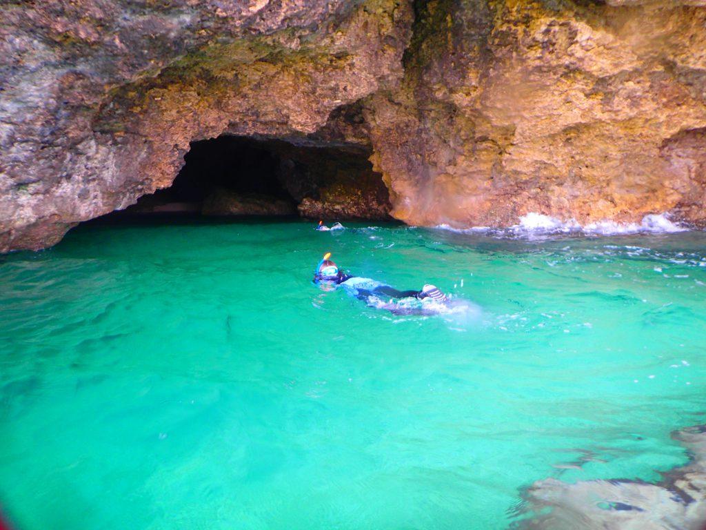 「青の洞窟」も絶景