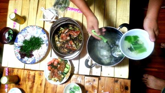 魚は美味しく、刺身に潮汁、塩焼き、お茶漬け、アクアパッツァ